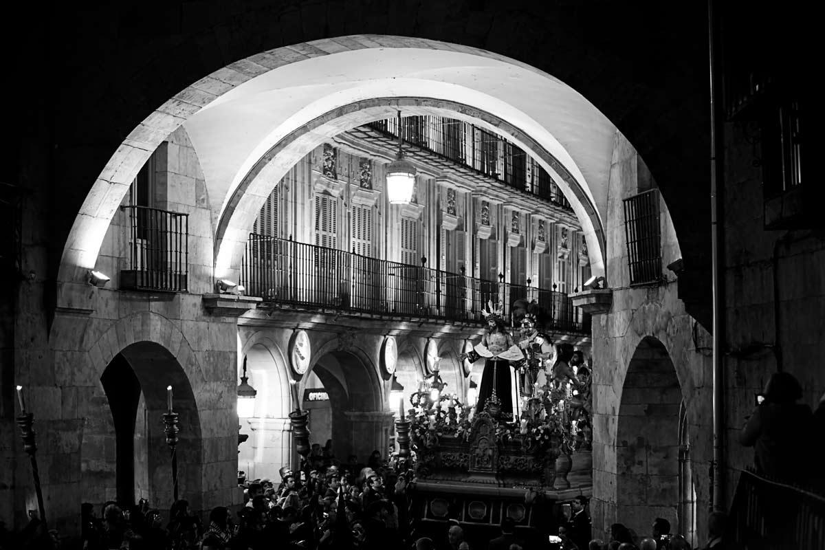 Hermandad Jesús Despojado paso por Salamanca