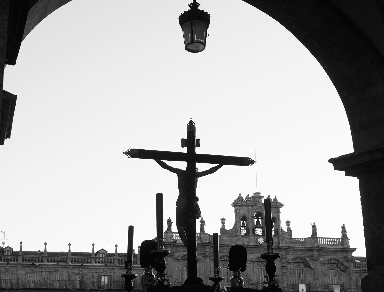 Procesión por la Plaza Mayor de Salamanca Dominicana