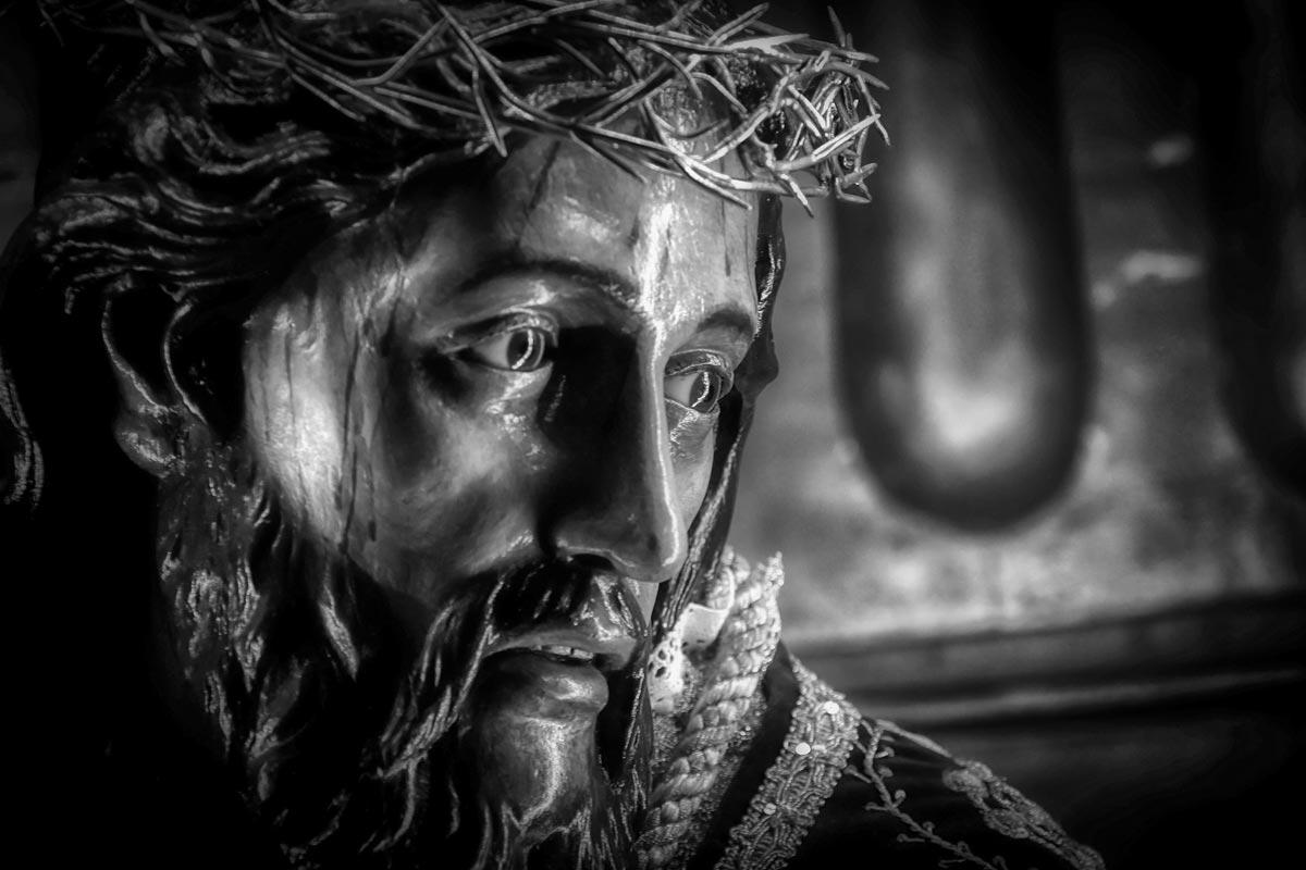 Santo Entierro rostro de Cristo