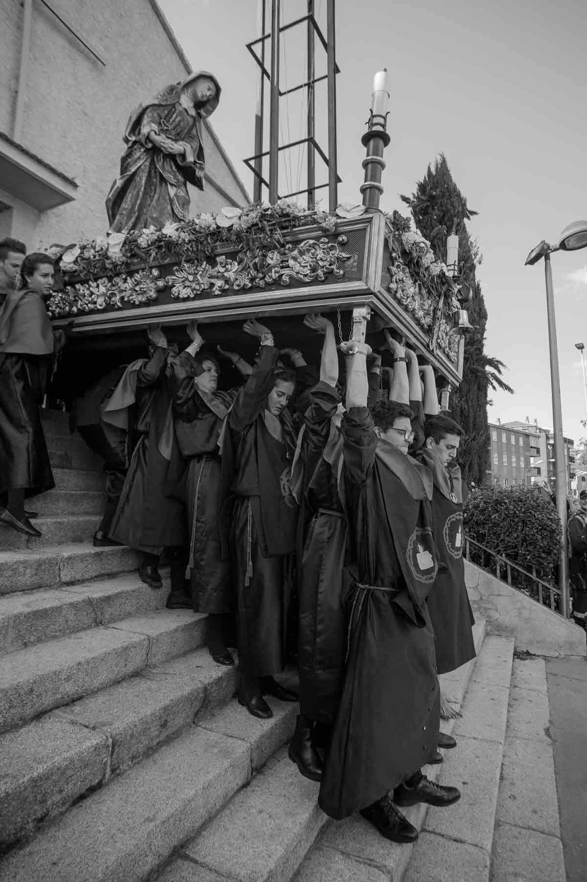 silencio-procesion-virgen