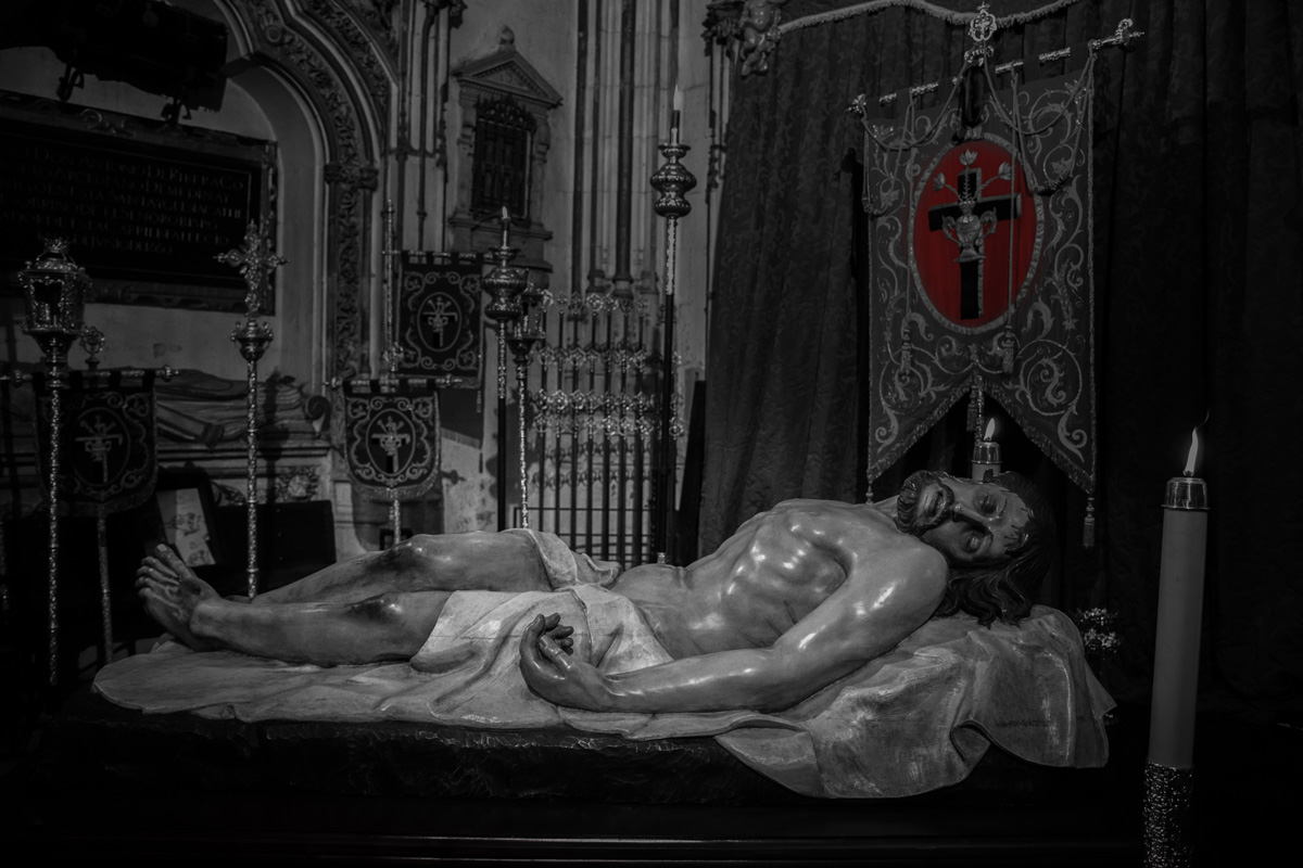 Cristo Yacente titurales